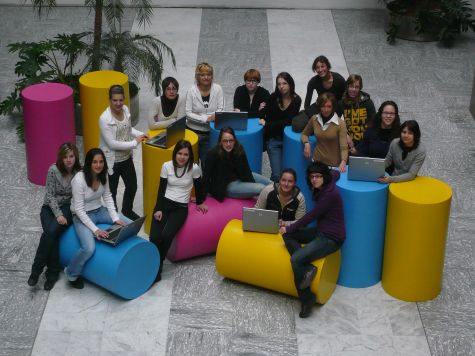 Le ragazze e i cilindri innovativi del TIS