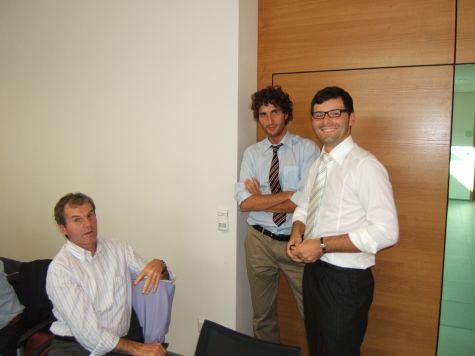 Egon Dellagio, della Cassa Rurale di Bolzano, con i docenti Filippo Gianandrea e Ivan Fogliata