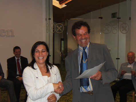 Simone Holzer ed Franz Rainer, Presidente della Cassa Raiffeisen Wipptal