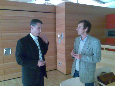 Un momento tra Klaus Gruber e Lukas Kiesswetter, coordinatore del corso