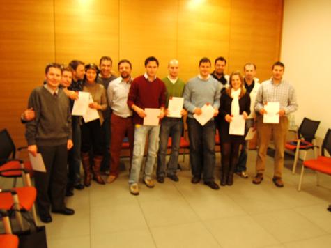 I partecipanti al termine della cerimonia di consegna degli attestati, con i docenti del corso, Franz Zuckerstätter e Luciano Fiori